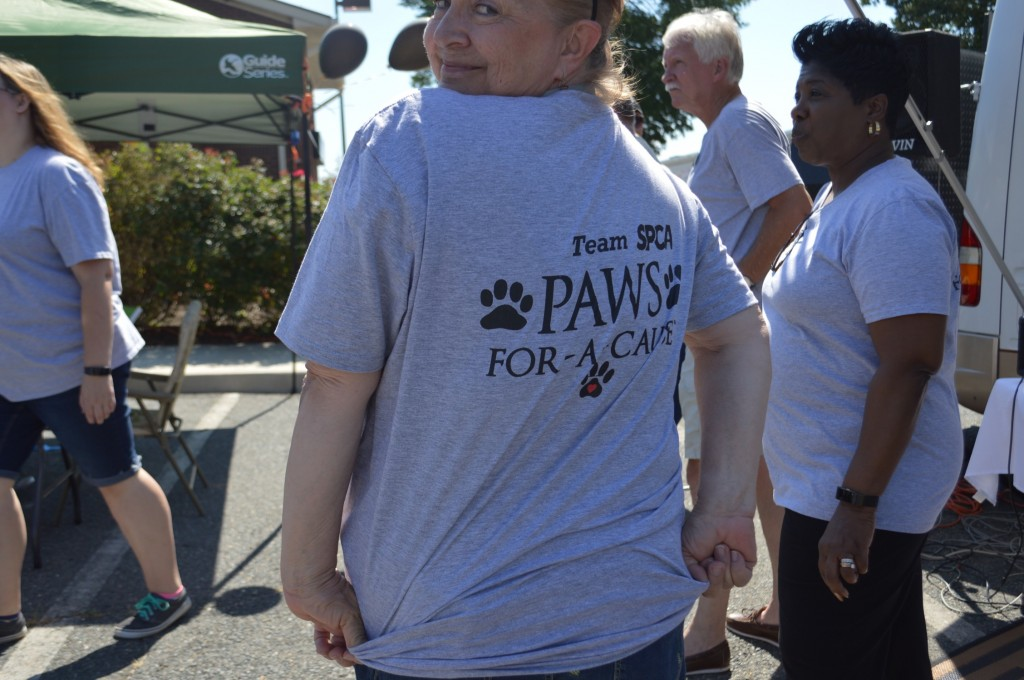Redwood Fredericksburg Agents for Animals Event 2017_22